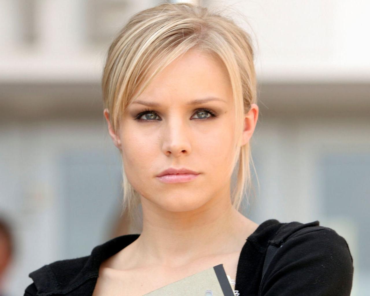 http://1.bp.blogspot.com/-lTluqWM7rM8/Tr3VEoGv8qI/AAAAAAAAAaw/fIVYAXvPsq0/s1600/Blonde-Kristen-Bell_1280x1024_2599.jpg