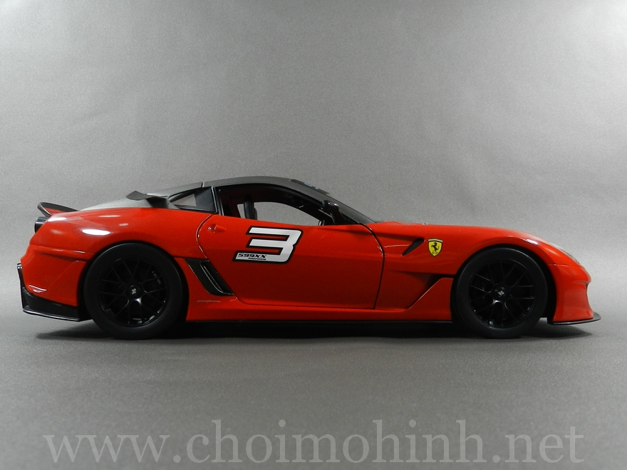 Ferrari 599XX 1:18 Hot Wheels side