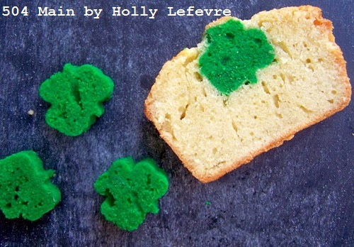 http://www.504main.com/2013/03/shamrock-surprise-pound-cake-recipe.html