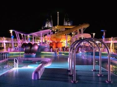 Chuck and Lori's Travel Blog - Norwegian Epic Pool Deck at Night