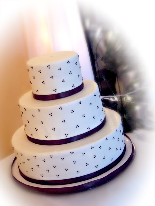 For pricing information on wedding cakes visit my website HERE