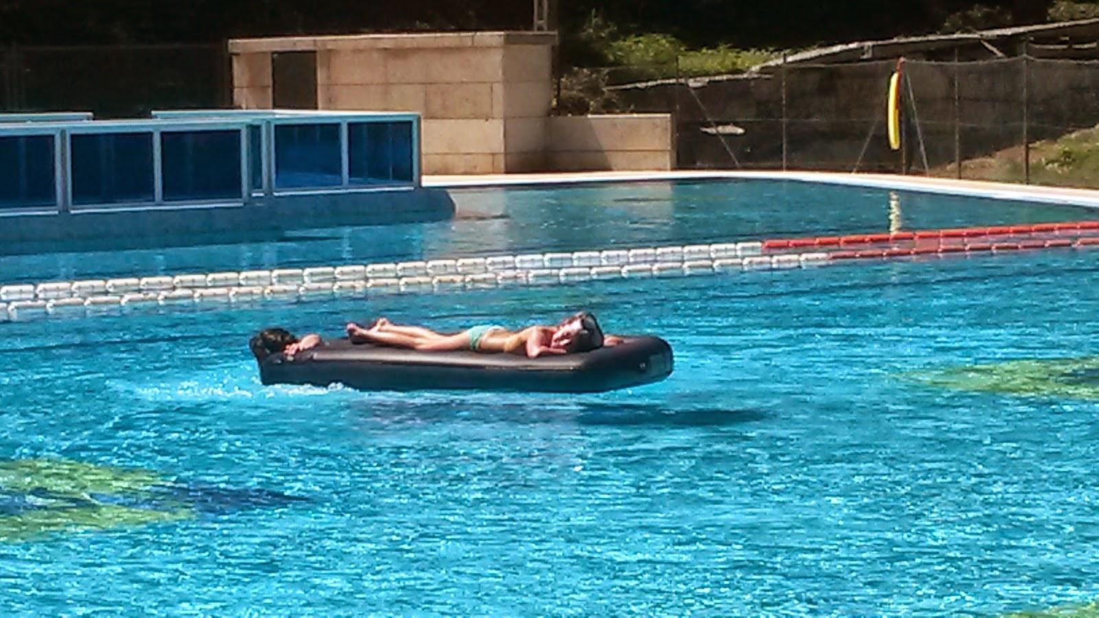 Piscinas al aire libre vigopeques for Horario piscina alaquas