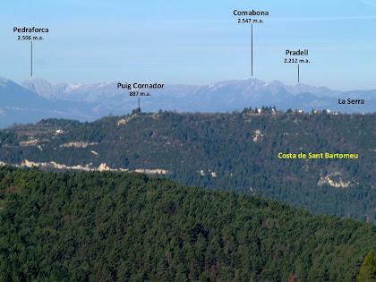El Pedraforca i el Comabona des del Turó de la Creu de Gurb