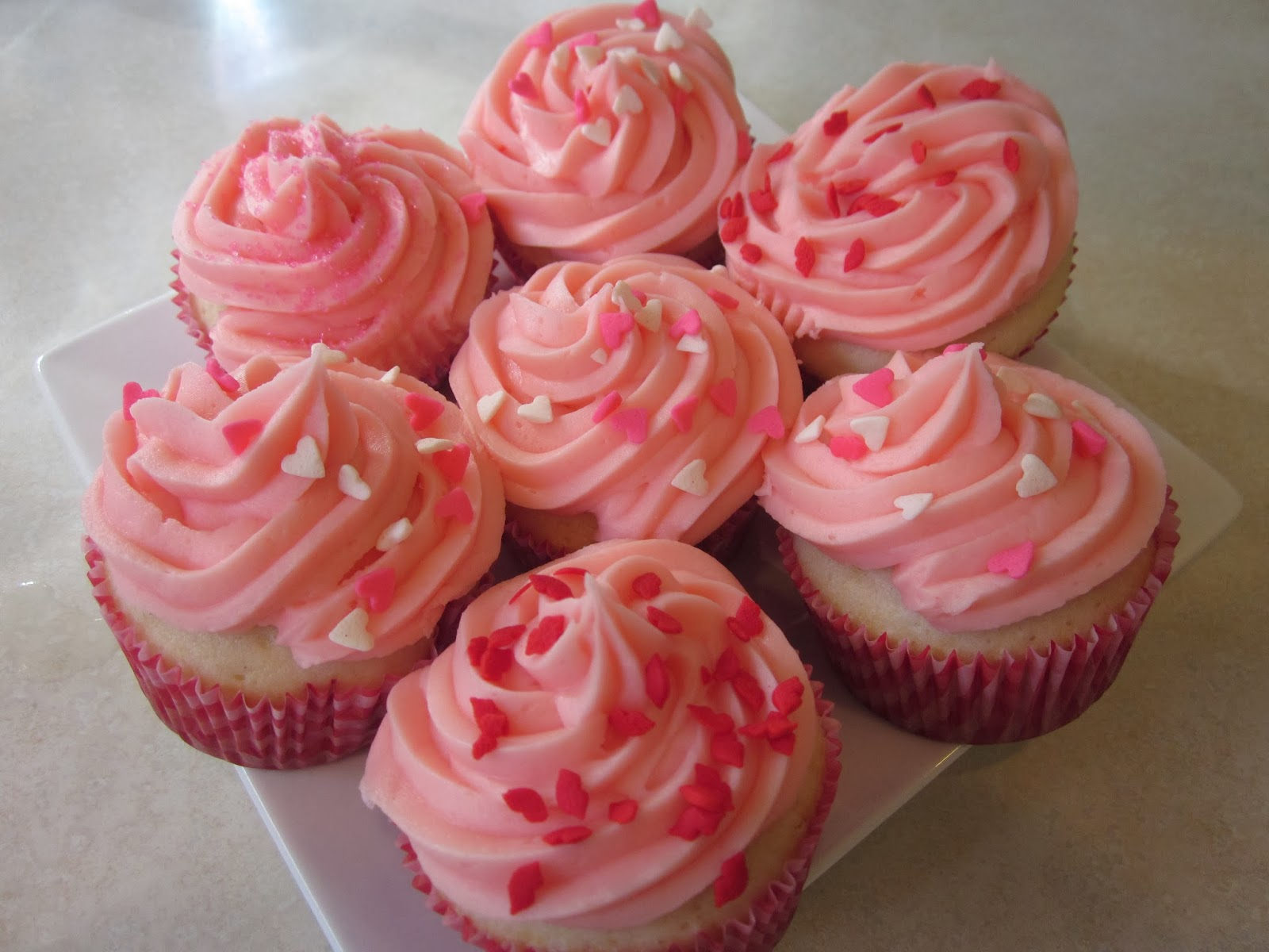 Princes, Ponies and Diamonds: Pink Champagne Cupcakes