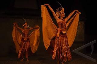 Cendrawasih Dance
