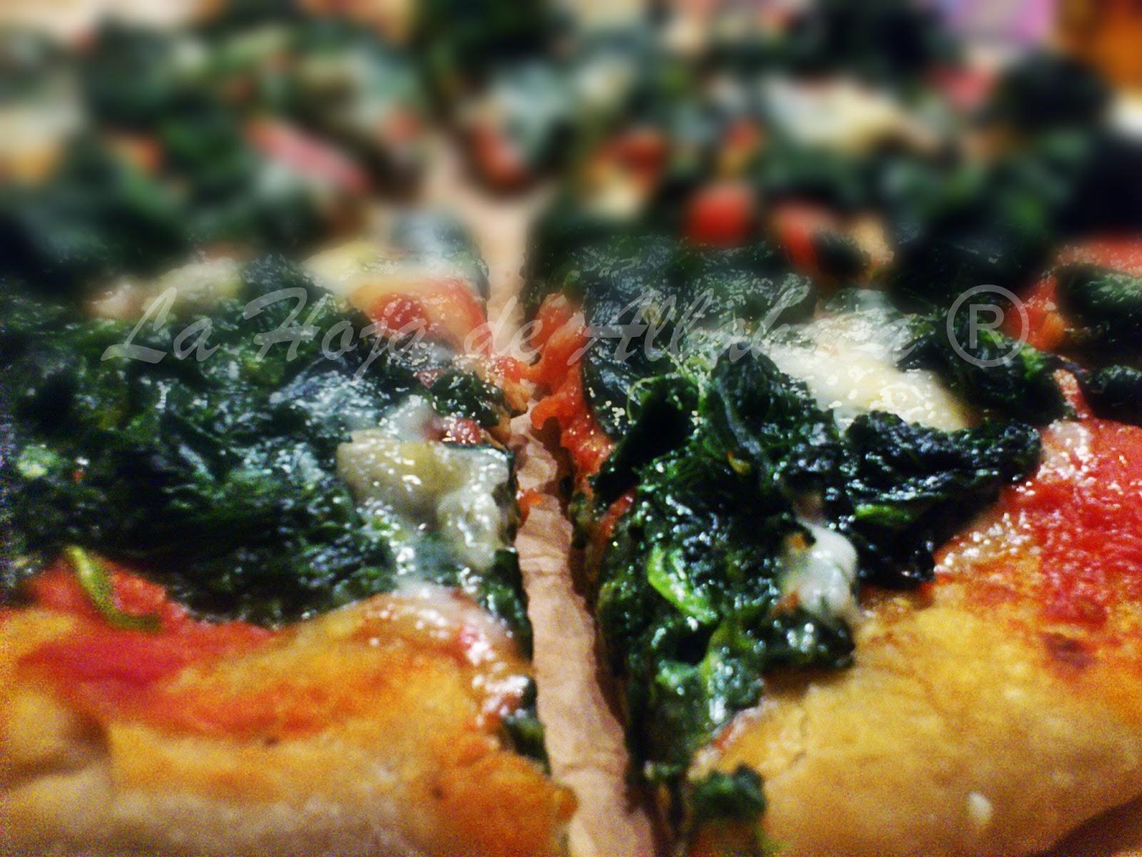 pizza, masa pizza, pizza de espinacas y gorgonzola