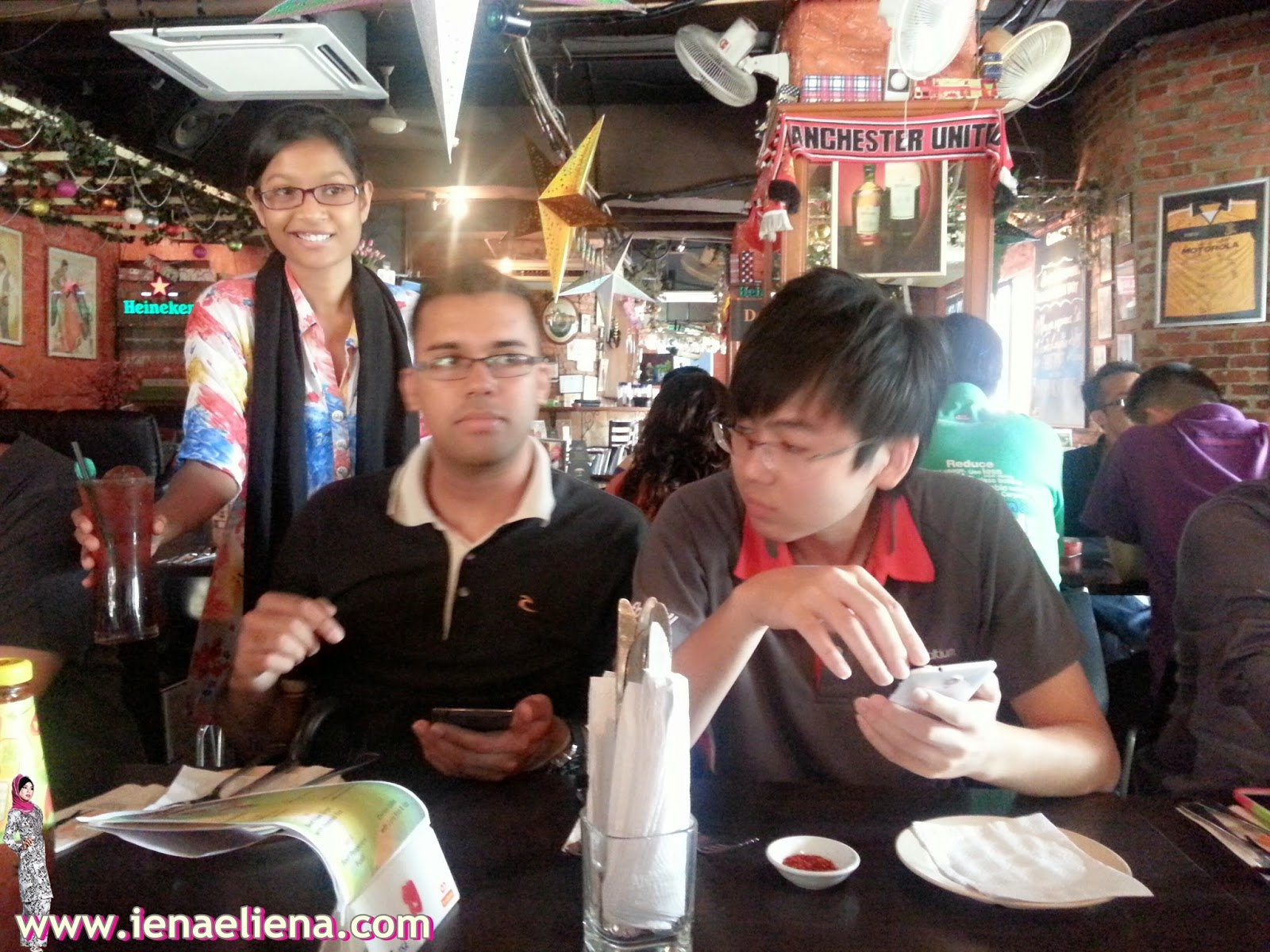 Syahrul Farhan Farewell Lunch at La Rambla Cafe, Megan Avenue II Jalan Yap Kwan Seng