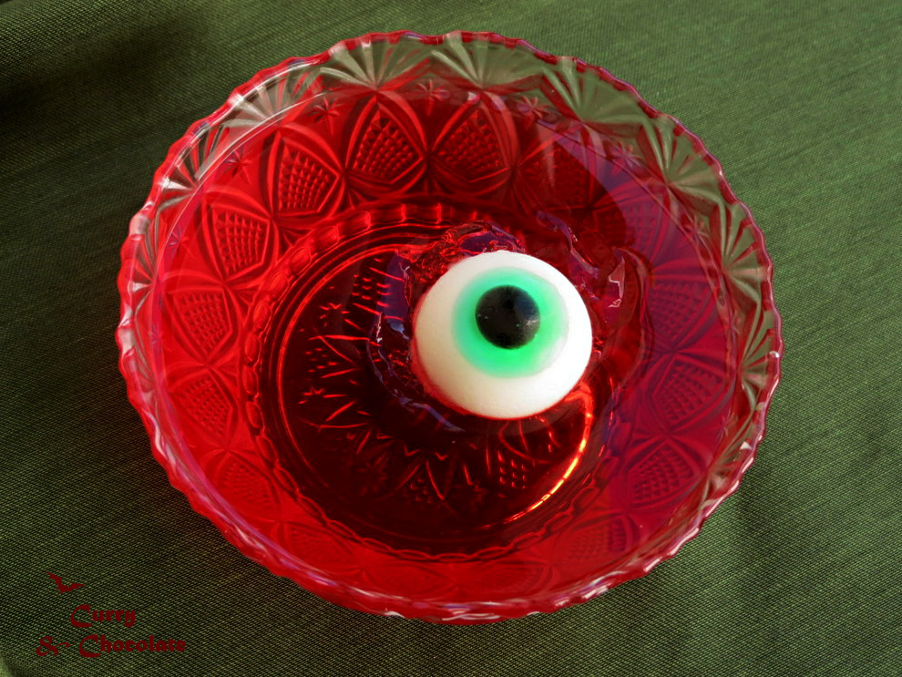 Vasitos de gelatina de fresa para Halloween – Halloween jello shots