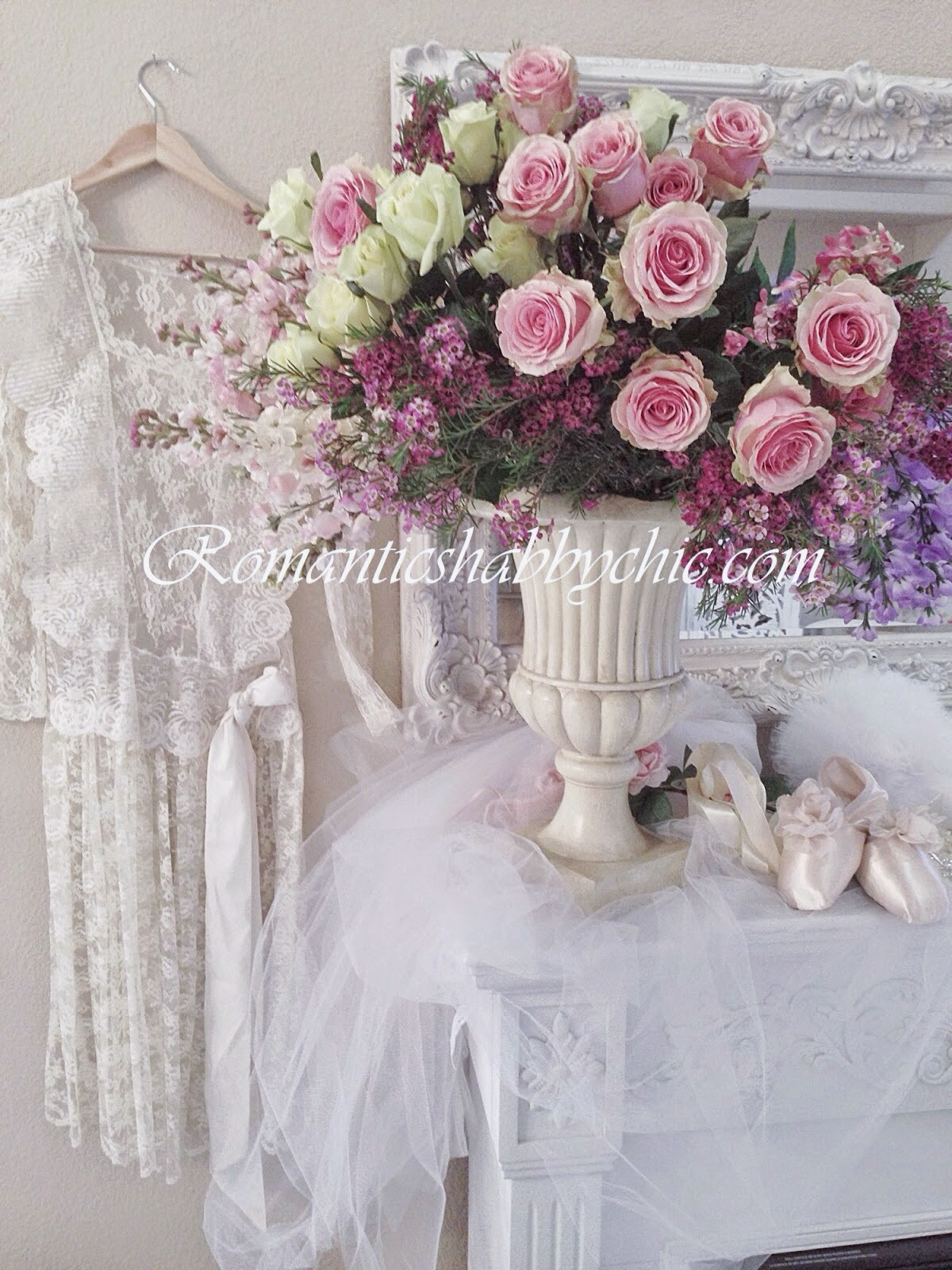 Romantic shabby chic home romantic shabby chic blog - Romantic Shabby Chic Timeless And So Detailed