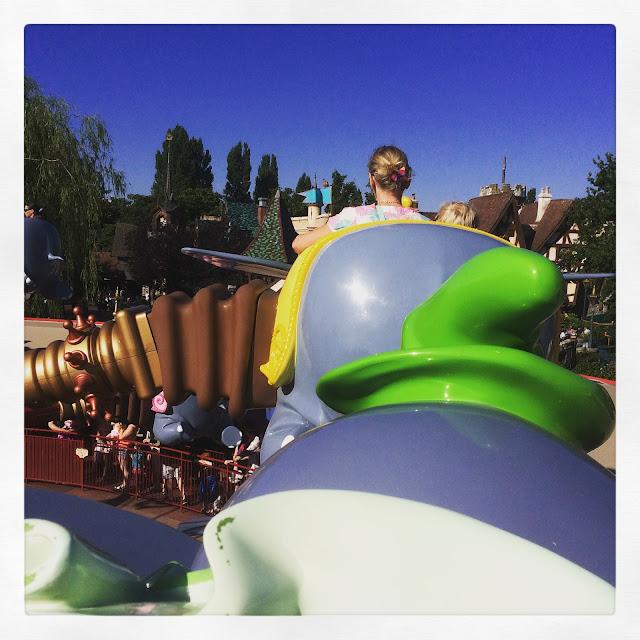 Dumbo ride, Disneyland Paris