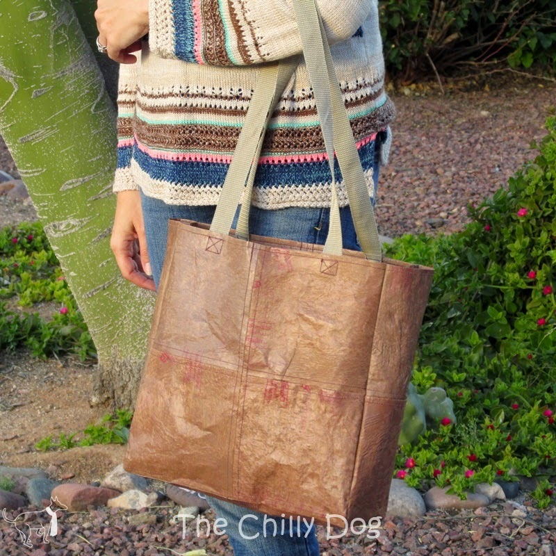 http://www.thechillydog.com/2015/03/sewing-tutorial-fused-plastic-bag-tote.html