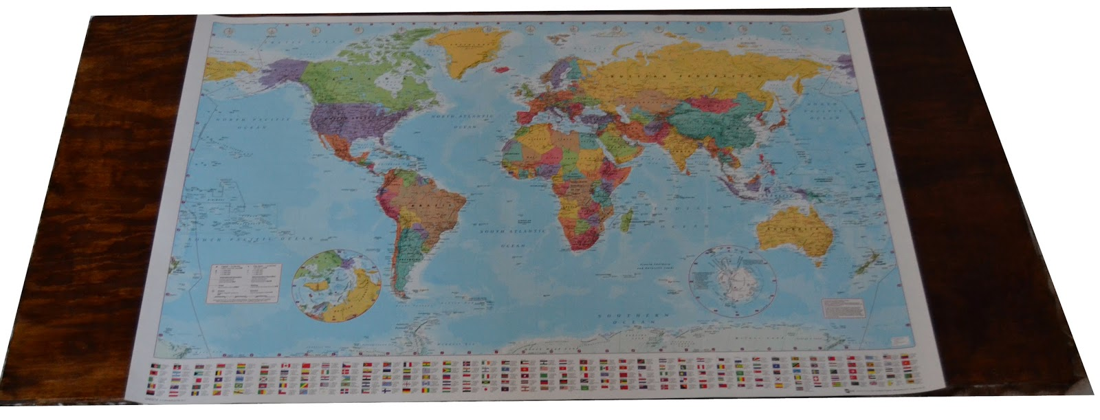 The Crafty Novice: DIY: String Art World Map