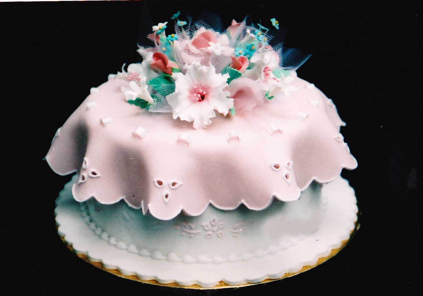 Images For Homemade Cake : Shanti s Homemade Cakes: Homemade Cakes