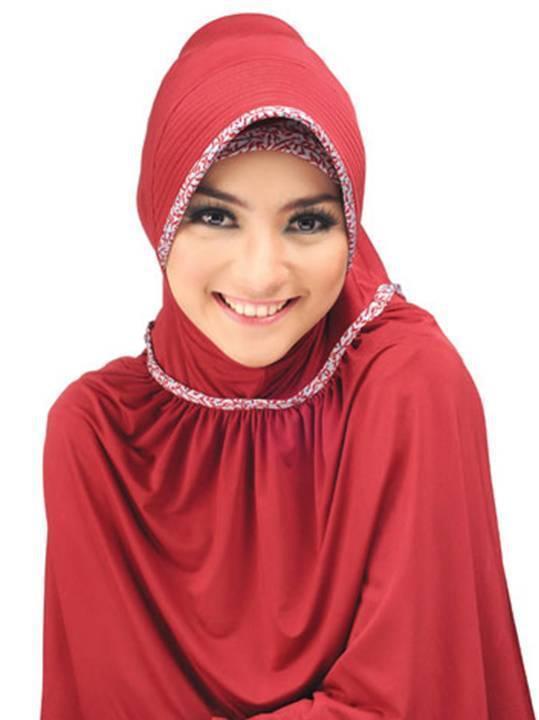 jilbab fashion muslim citra kirana jilbab merah penuh badan facebook