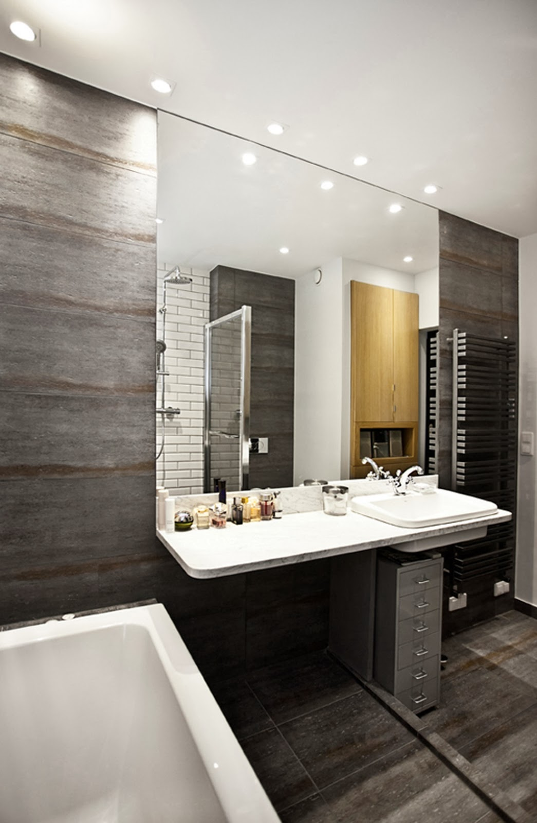 Loft bathroom ideas bathroom showers for Bathroom design ideas photos