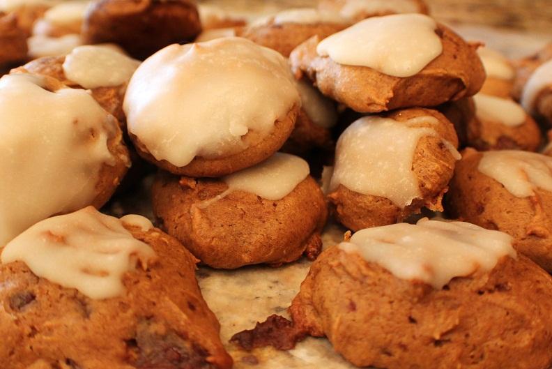 Pumpkin Puree And Cake Mix Cookies