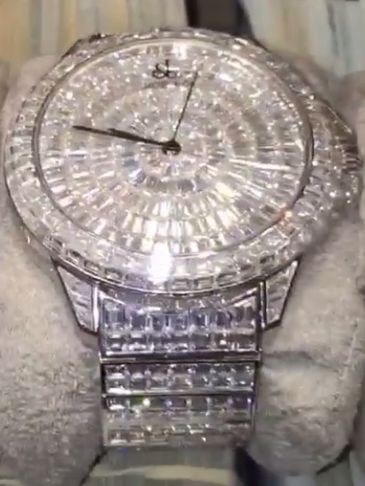 shows his off mayweather floyd art diamond watches wrist