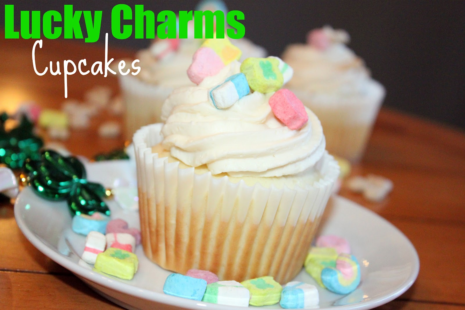 AKM designs and delights: Lucky Charm Cupcakes