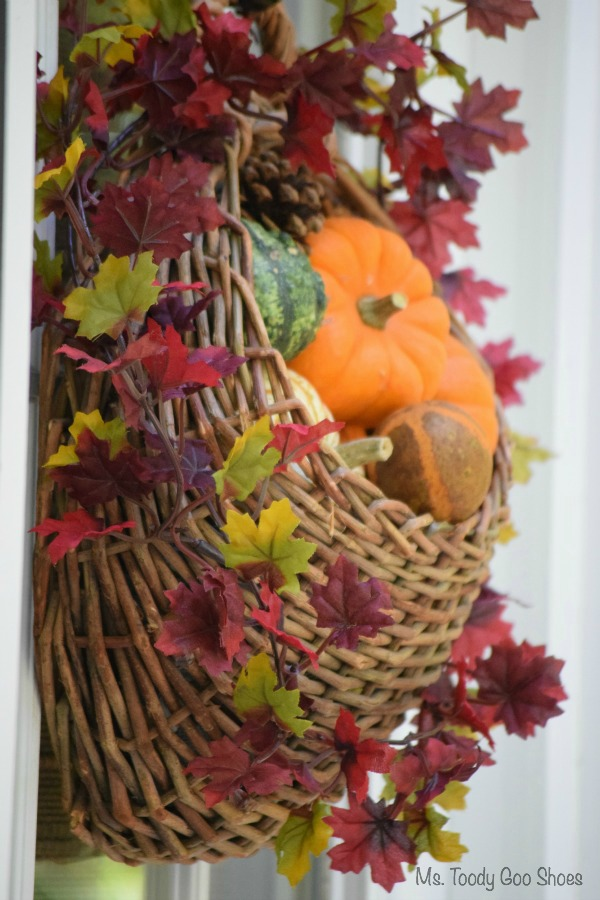 DIY Hanging Door Basket An easy way to add some fall color to your door & DIY Hanging Door Basket For Fall - A Little Claireification