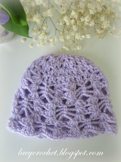 Free Crochet Patterns For A Baby Blanket : Lacy Crochet: Lacy Stitch Newborn Hat, Free Crochet Pattern