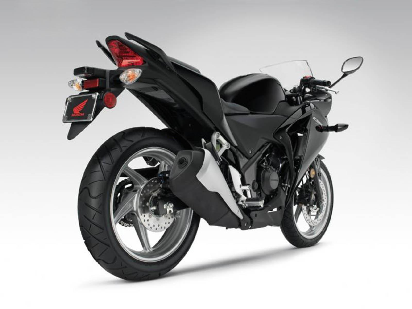 http://1.bp.blogspot.com/-lXSffoLjje4/UBa8hKD6EEI/AAAAAAAAG5c/_iZppk3iPrs/s1600/Honda+CBR+250R+Bike+Wallpapers+7.jpg