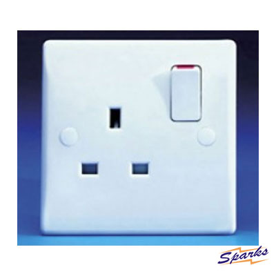 GET Schneider GU3010 1G 13A Switched Socket