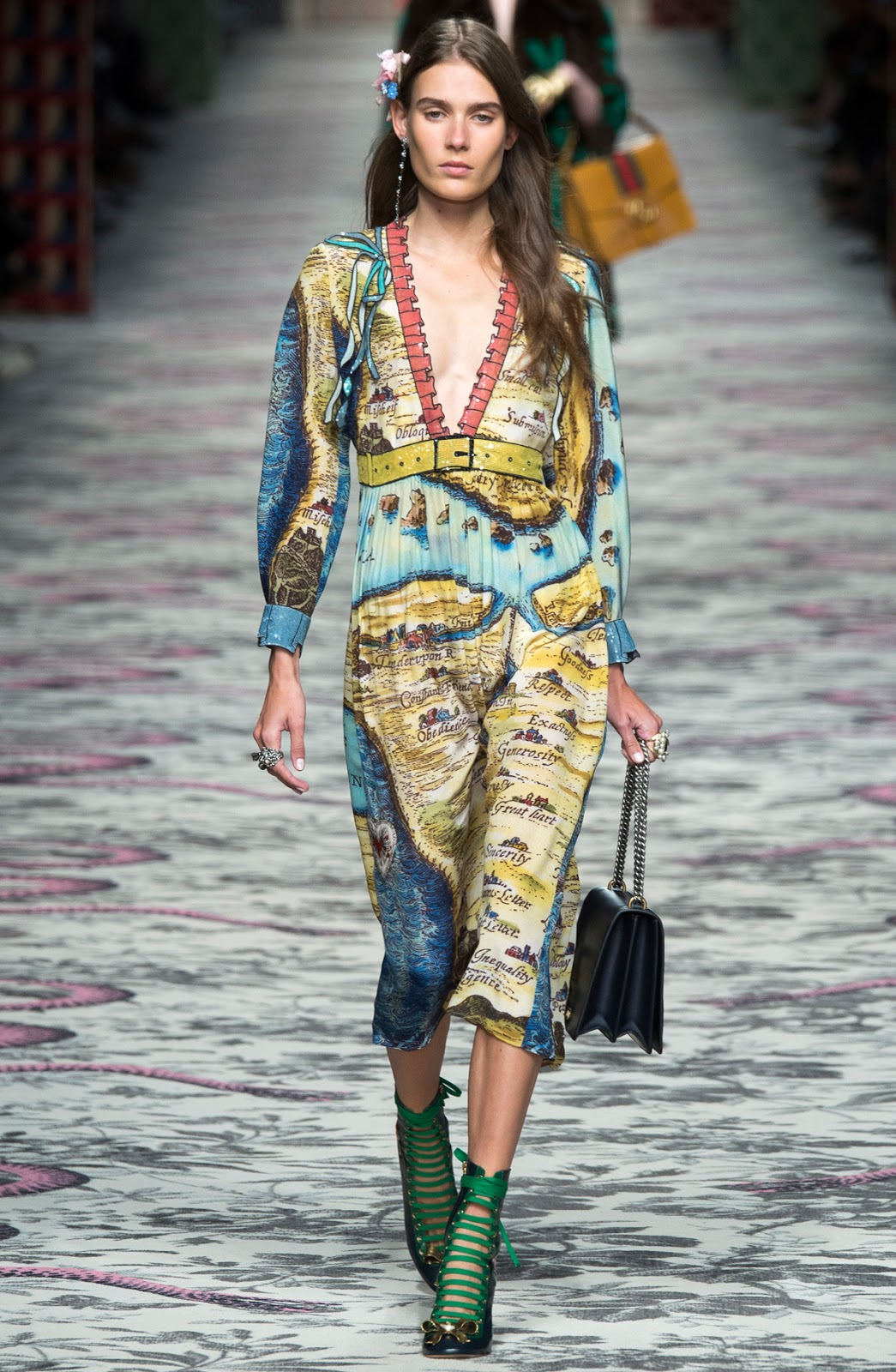 "Gucci Spring/Summer 2016 and the ""love dress"" via fashionedbylove.co.uk british fashion blog"