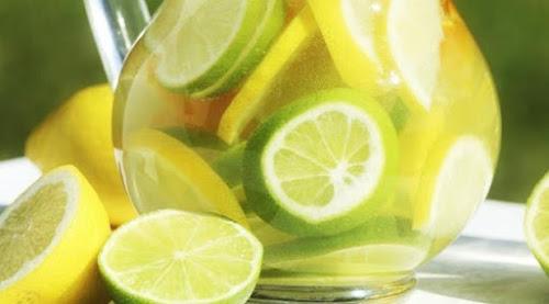 Benefícios de beber água com limão em jejum