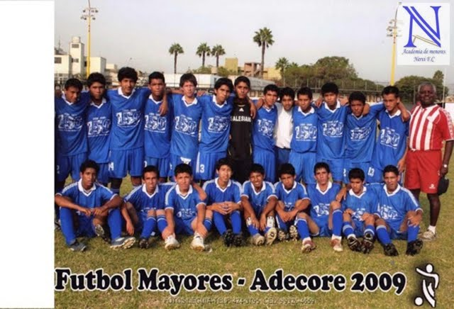 COLEGIO SALESIANO 3er PUESTO ADECORE FUTBOL MAYORES 2009