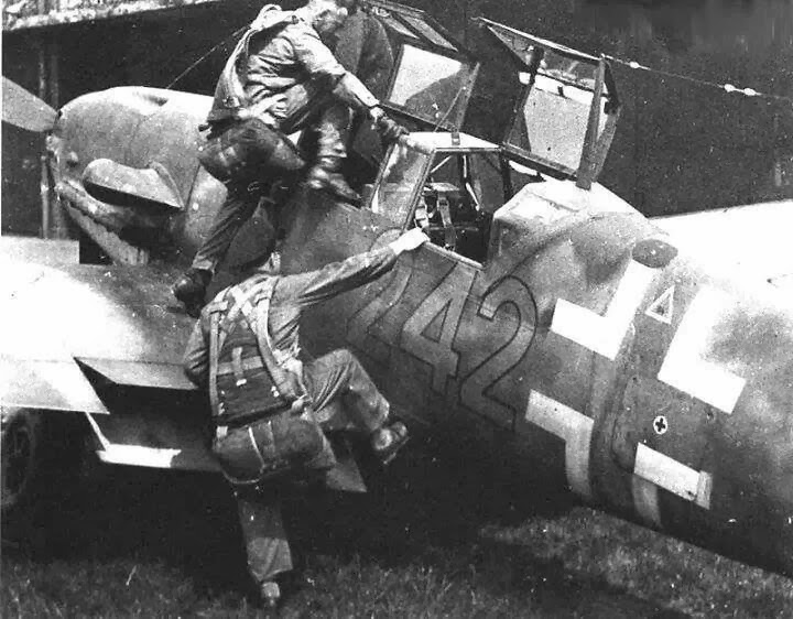 http://nordonews.leebottom.com/2014/01/ever-wanted-to-fly-bf109.html