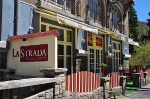 10. Restaurantul La Strada Sinaia