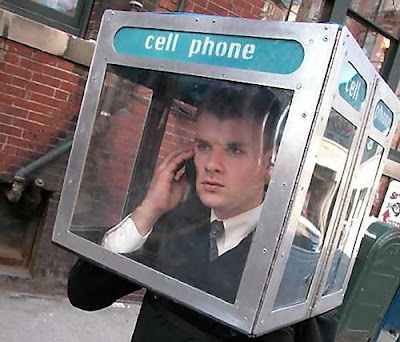 18 Creative and Unusual phone Booths (27) 18