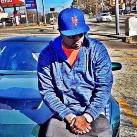 Young Buck ft. Tha City Paper – Around Me Lyrics