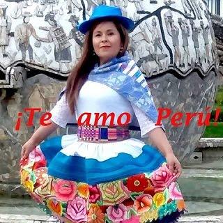 EN LA HORA DE LA PERUANIDAD
