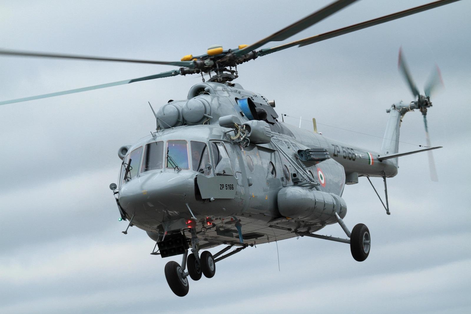 Mil Mi-8/Mi-17 Hip - Page 2 Indian+Mi-17B-5+(1)
