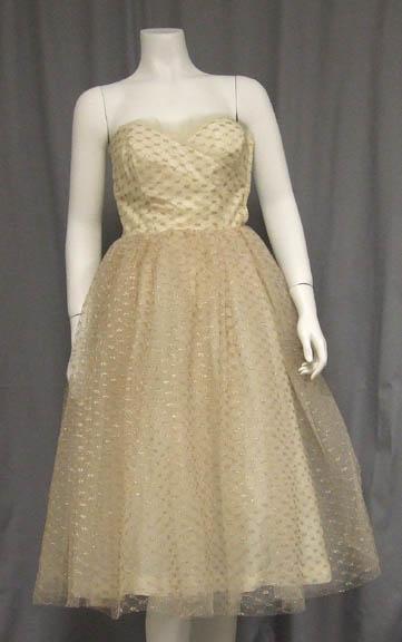 VINTAGE WEDDING DRESSES Fab Vintage Dresses at Vintageous
