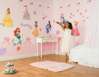Decorating Bedrooms for Girls with Disney Princesses