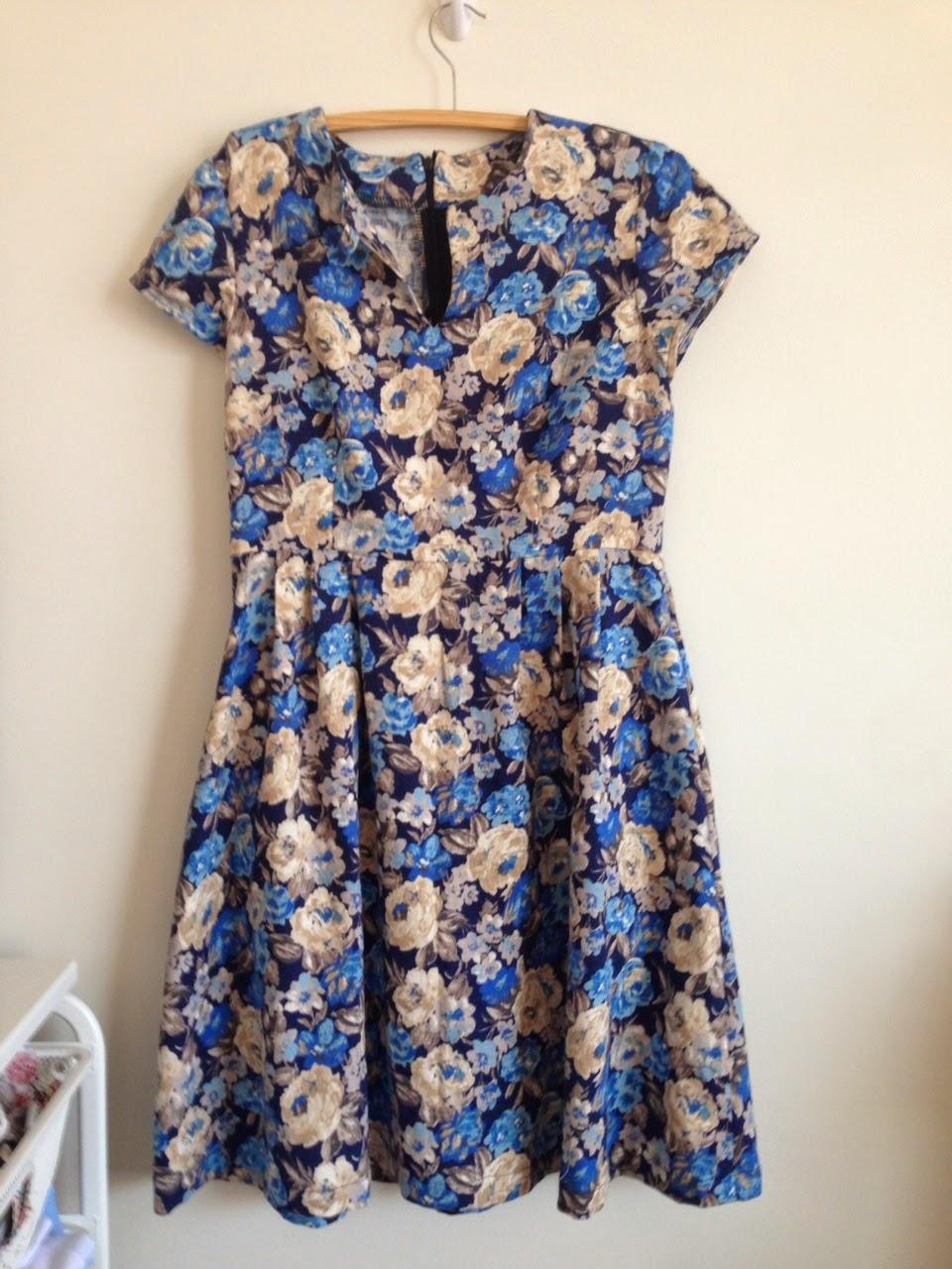 Simplicity 1419 Round Trip Dress