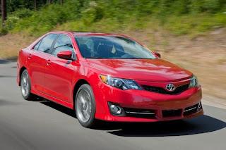 New 2015 Toyota Camry Hybrid Refresh