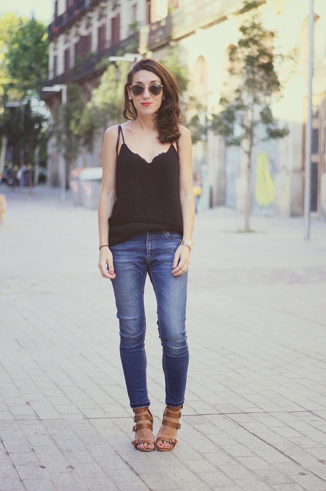 Pull&Bear jeans, top mango, bolso vintage mango, sandalias zara
