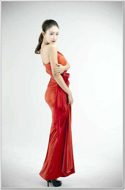 Park Hyun Sun Gorgeous in Red