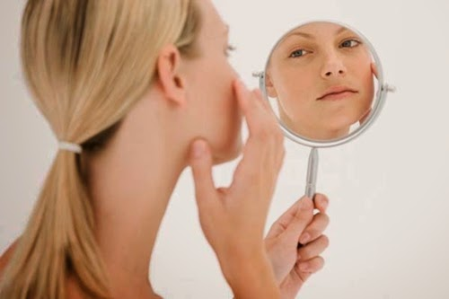 Foods to treat skin blemishes, you can?