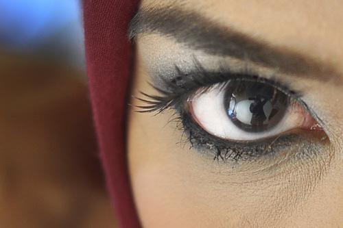 Tips Menjadikan Mata Kelihatan Bersinar