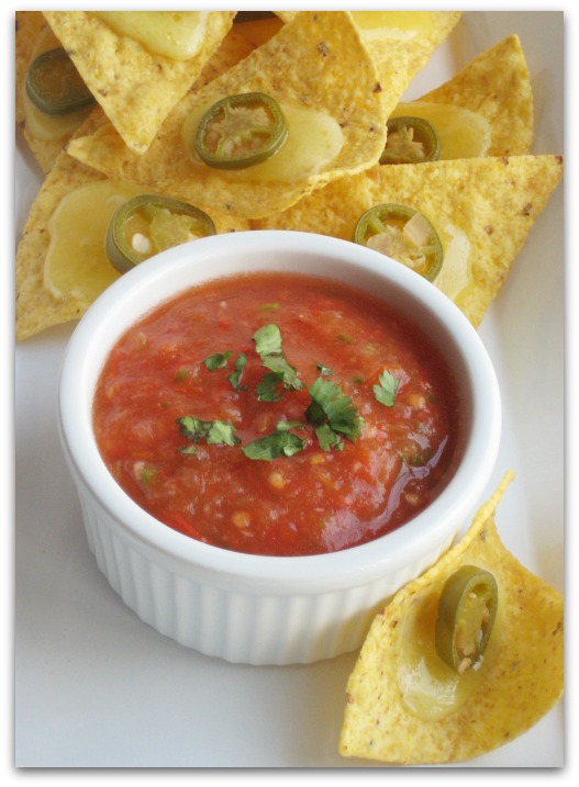 Wicked Easy Restaurant Style Salsa
