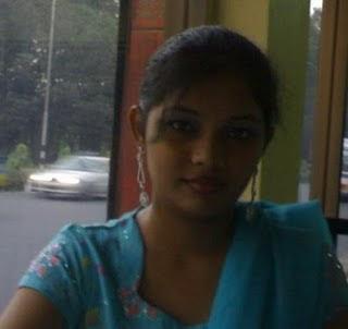 Hot bangladeshi university girls Pictures From Dhaka2