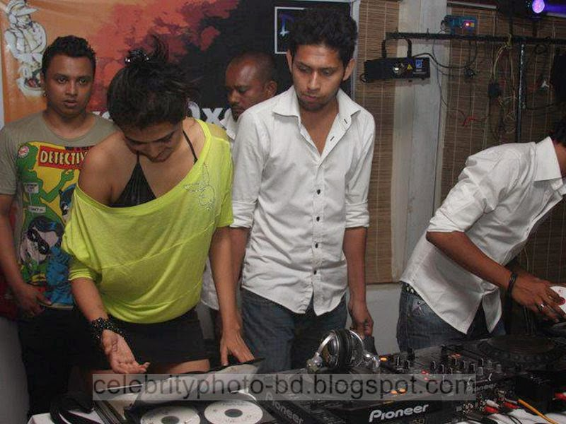 New+Picture+of+Hot+DJ+Sonica+Bangladesh001