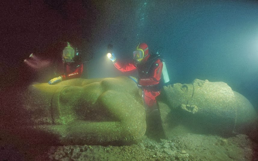 An Ancient City Is Discovered Underwater (10 pics)