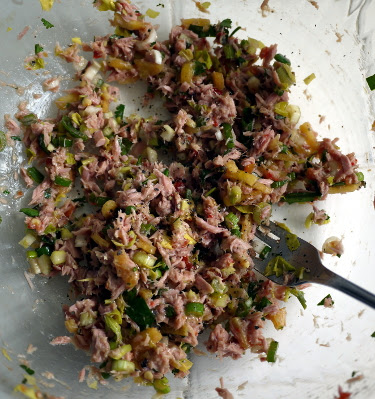 spicy tuna salad with cilantro and sambal oelek