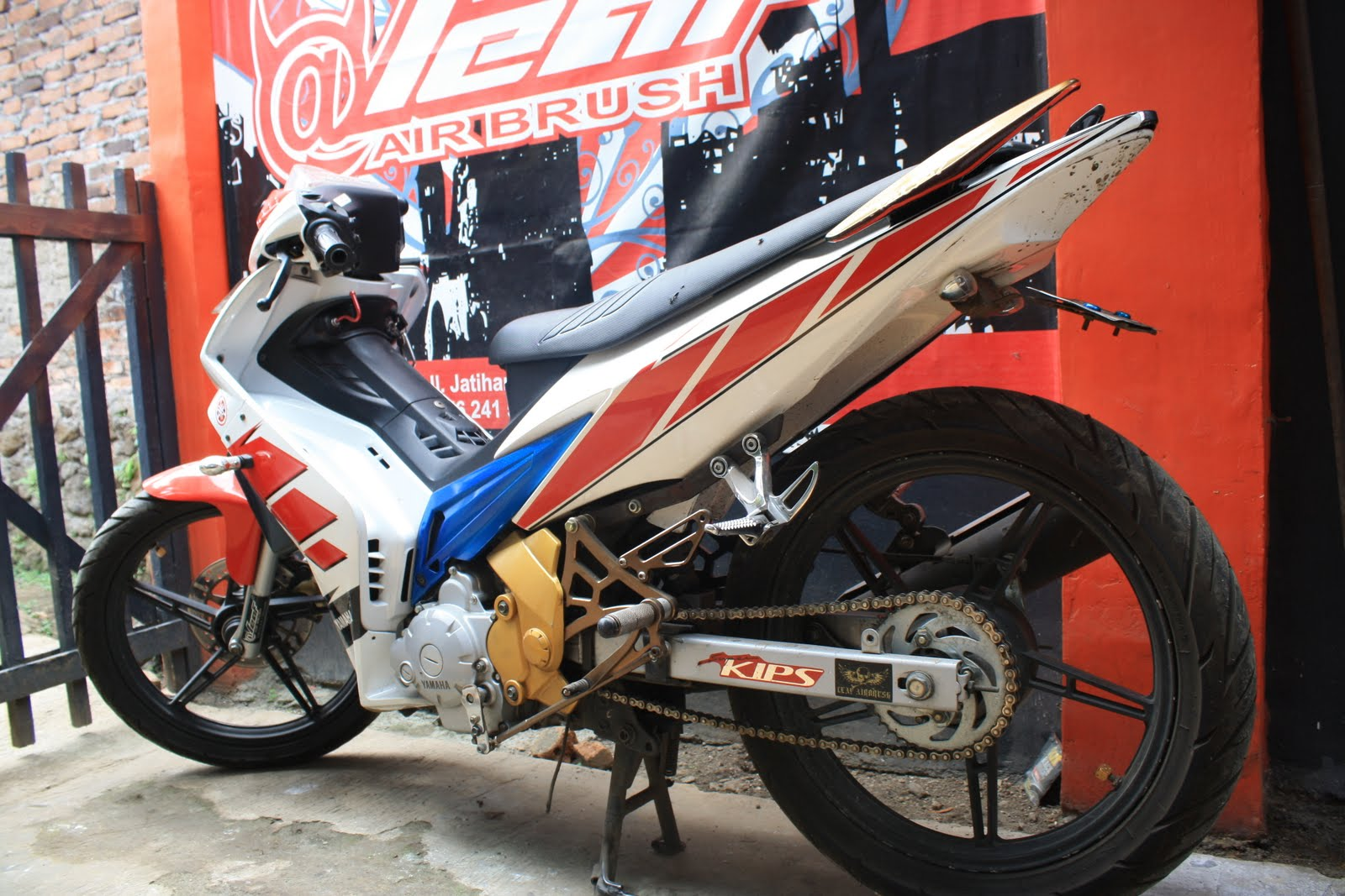 jupiter mx modifikasi airbrush