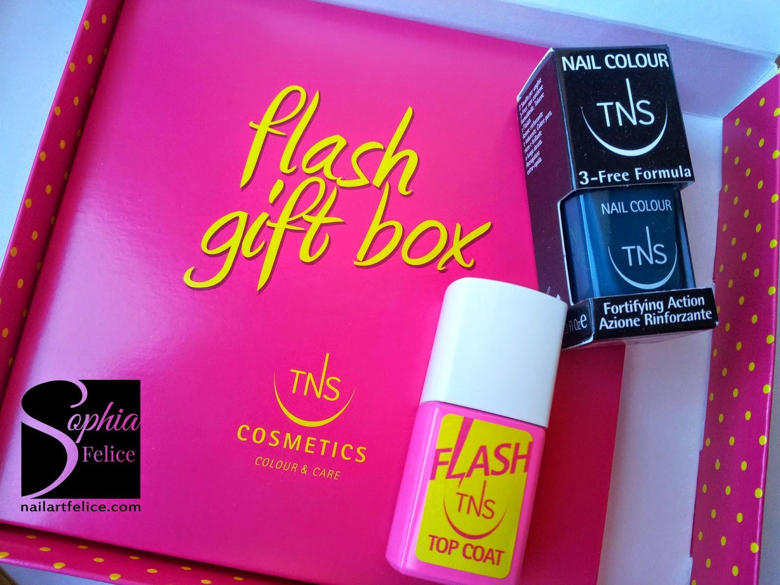 Gift Box TNS Cosmetics 03